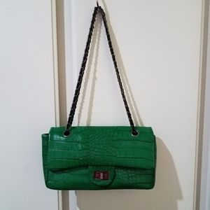 Izni green handbag